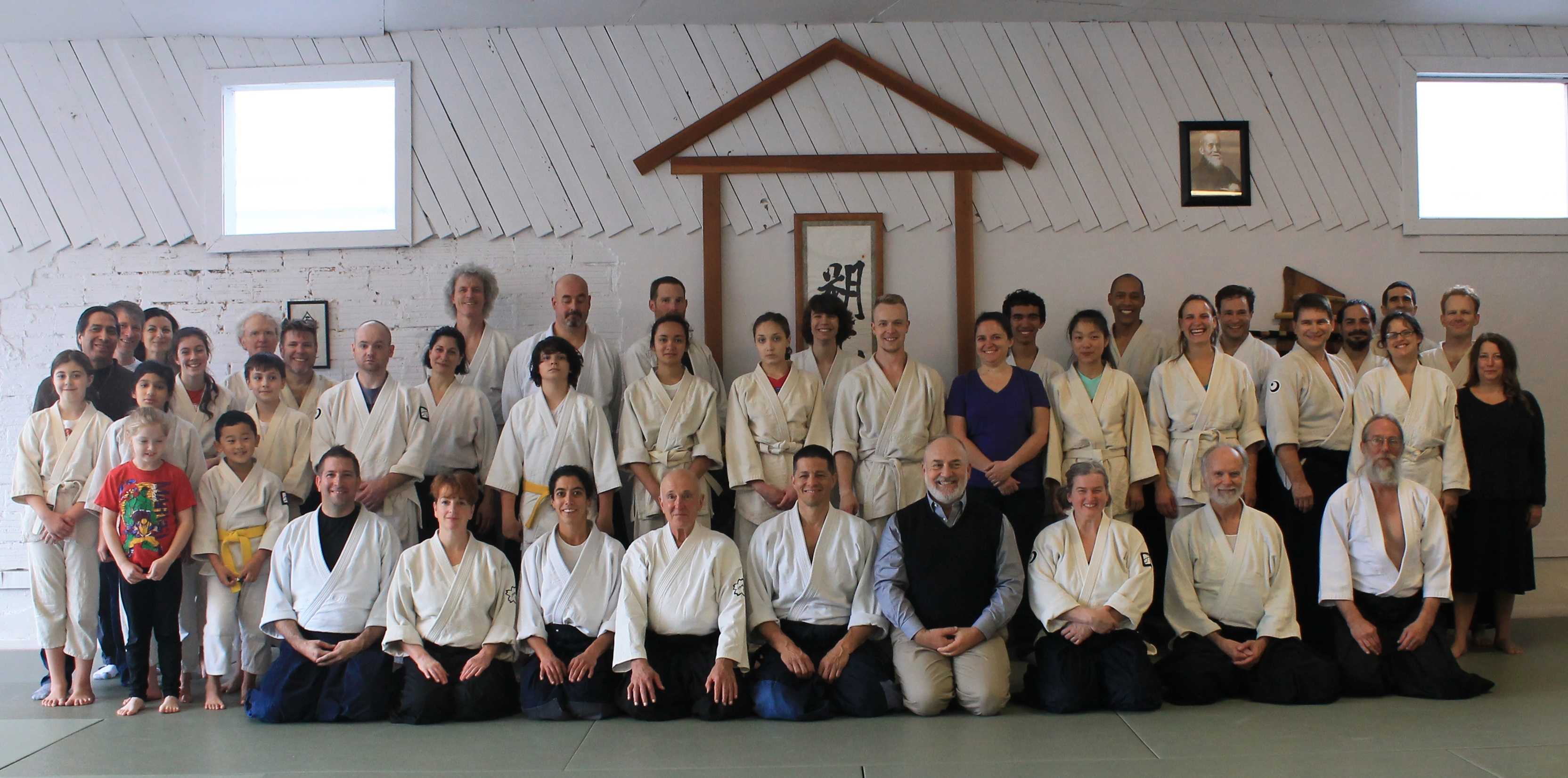 Group photo from Apodaca Sensei seminar at Multnomah Aikikai, October 2015.