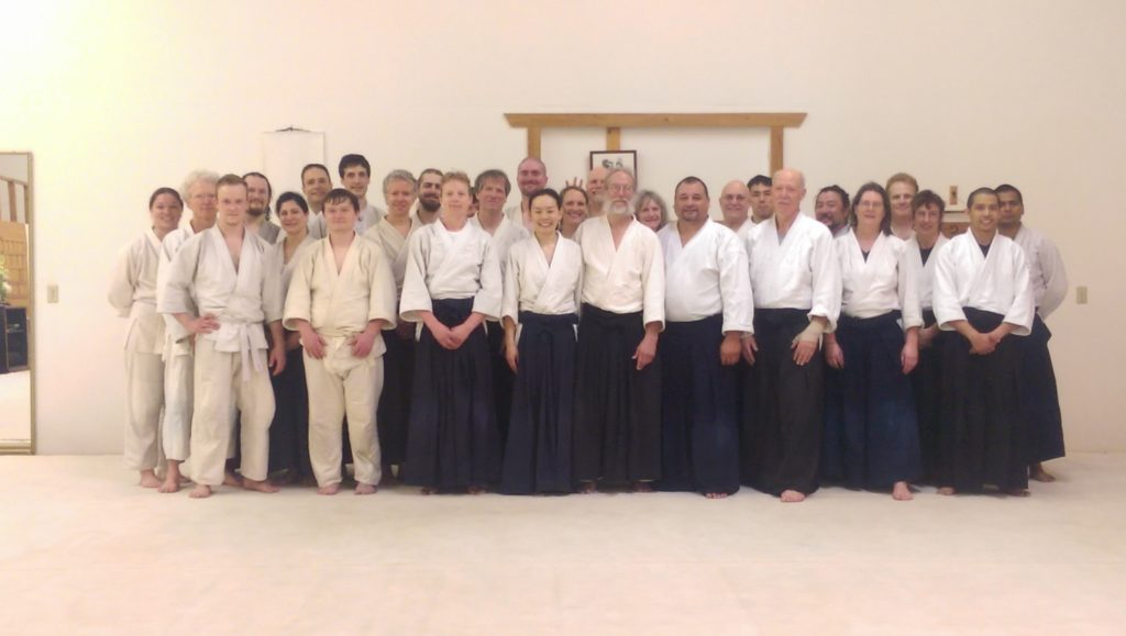 Group photo of all students at the Seminar